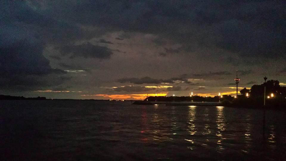 2016 08 22 Wedel Schulauer Hafen Sonnenuntergang Foto von Wiebke Schmidt