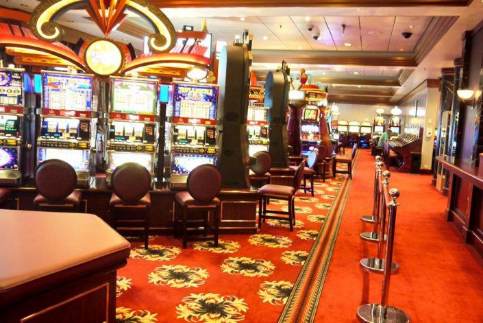 2016 08 25 Queen Mary 2 Casino