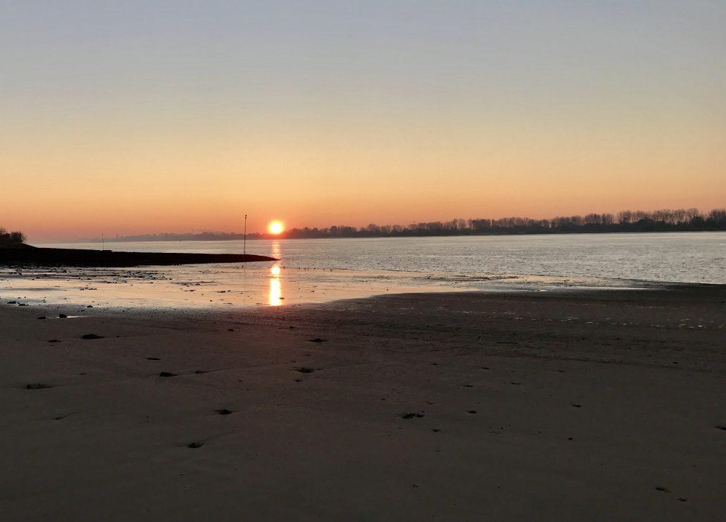 Mein Wedel - Elbe - Wedeler Elbstrand Sonnenaufgang