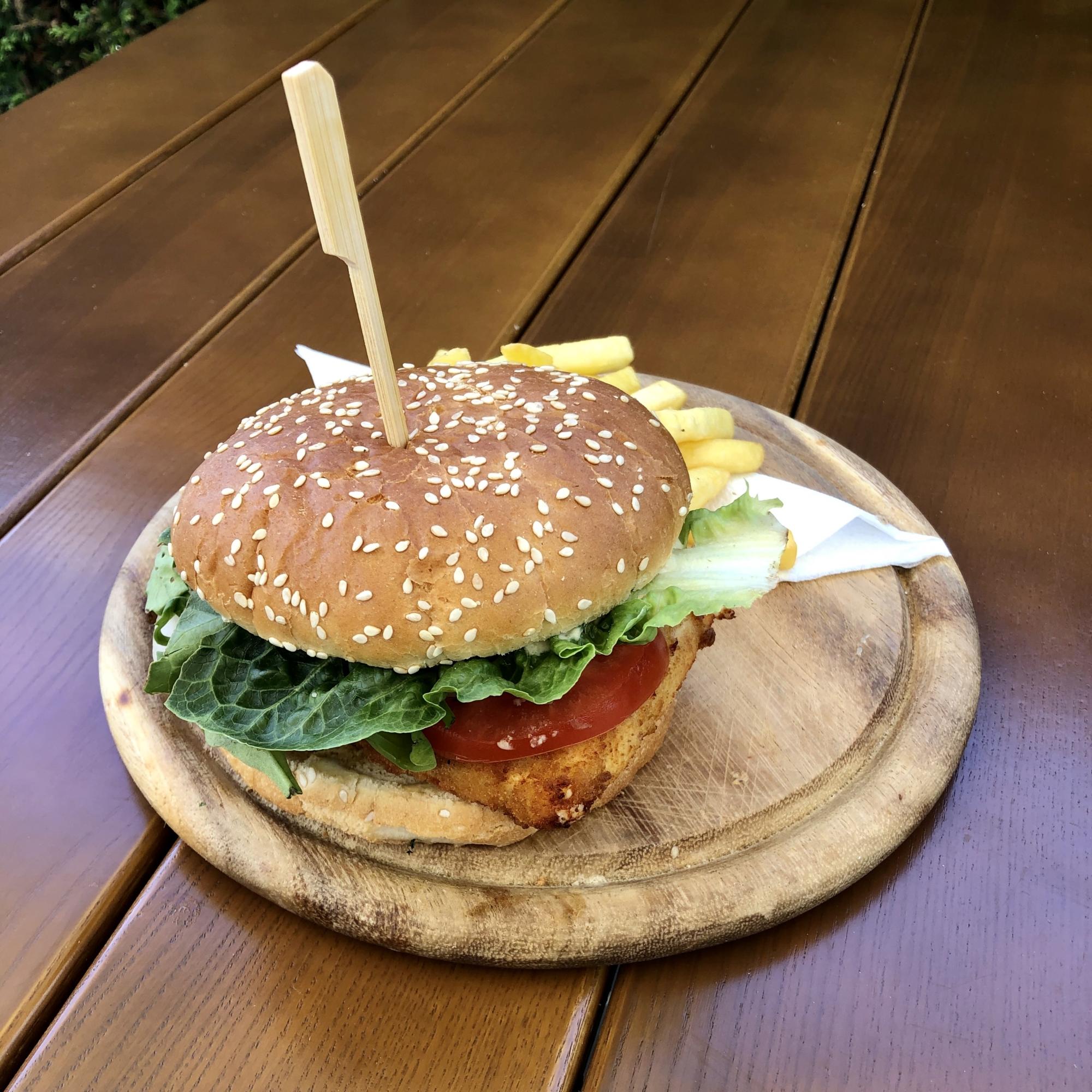 Mein-Wedel-Grieche-Wedel-Taverna-Plaka-Saganaki-Burger-vegetarisch