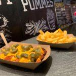 Mein-Wedel-Wurstbude-Wedel-Currywurst-Pommes-Schmalzkuchen-Krakauer-Bild-03